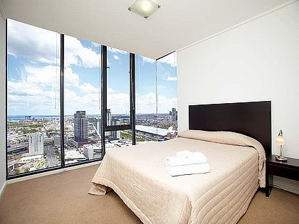 Sub-Penthouse Melbourne Tower - Southbank, Melbourne Apartment