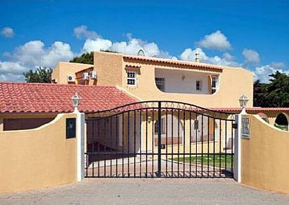 Villa in Albufeira, Central Algarve