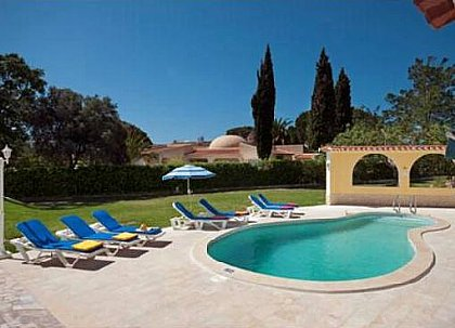 P21644 - Albufeira, Central Algarve Villa