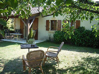 Domaine les Pins, gite l'Hêtre - Dordogne Cottage