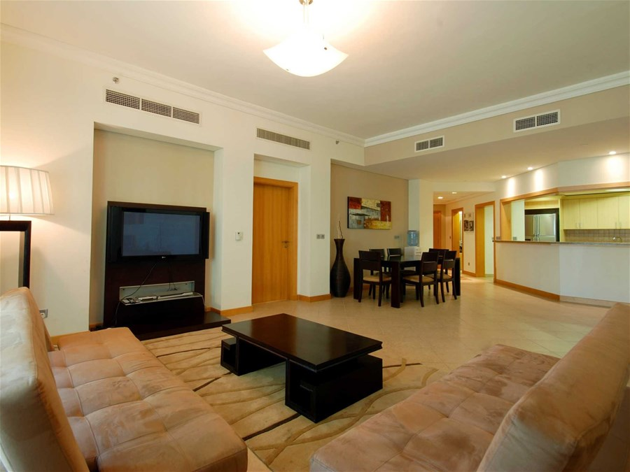 spacious 3 bedroom dubai apartment for rent in the palm jumeirah