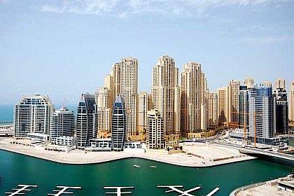 Apartment Rental In Dubai Marina With Swimming Pool Dubaiapartmentsaccommodation