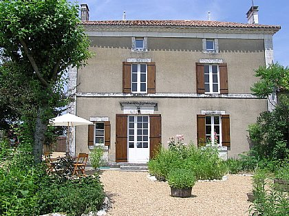 Farmhouse in Saint Severin, Aubeterre/Verteillac, Dordogne