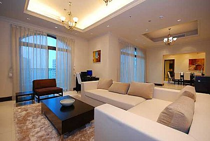Large 3 Bedroom Apartment With Sea Views On Palm Golden Mile