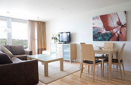Surfside 34 Zinc - Fistral Beach, Newquay, Cornwall, Cornwall Apartment