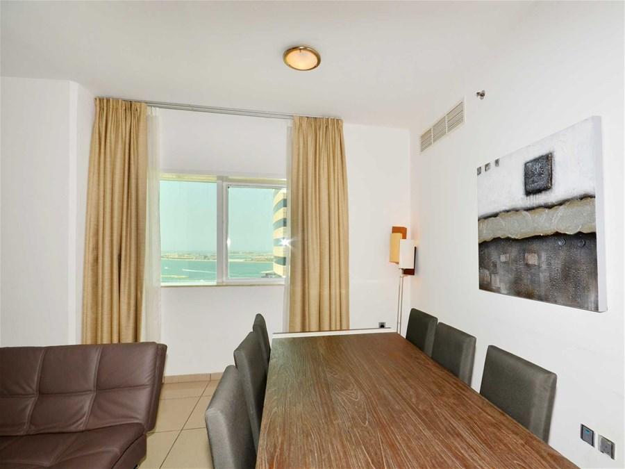 marina pinnacle 2 bedroom platinum apartment for rent in dubai