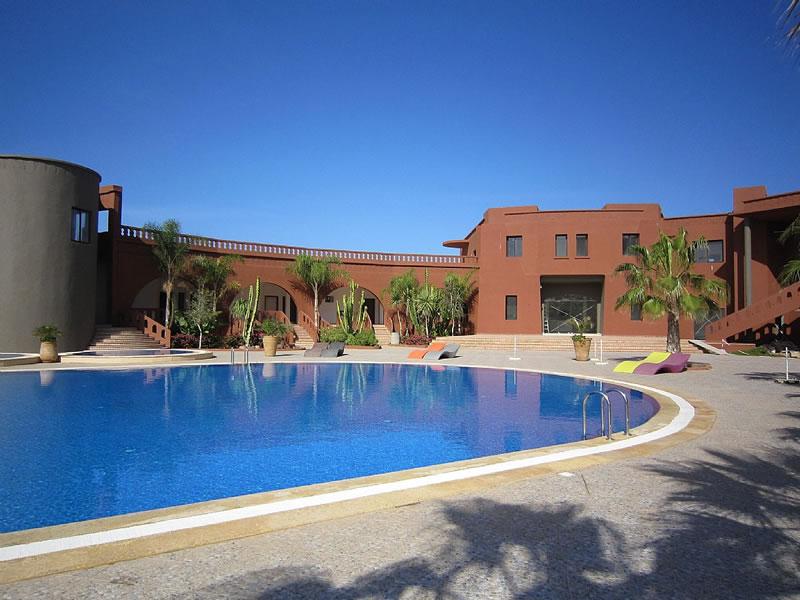 Villa mirleft sidi boulfdail aglou plage alpha for Agadir moroccan cuisine aventura fl